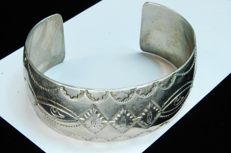 34g Sterling Signed M Stamped Navajo Cuff Bracelet
