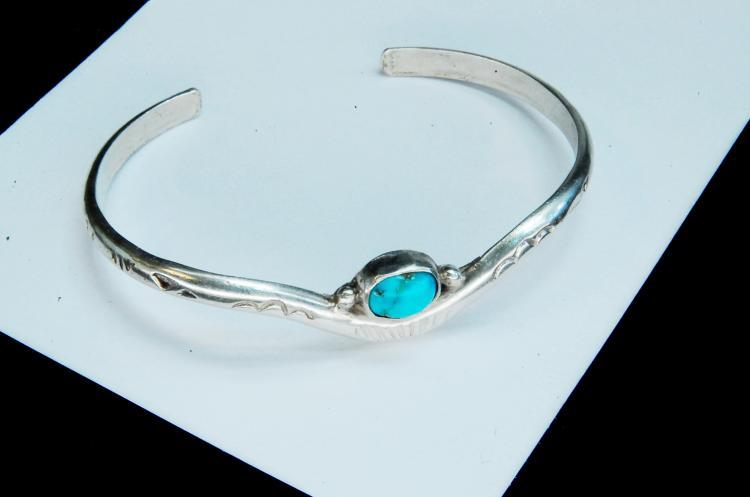11g Sterling Turquoise Navajo Signed JJ Bracelet
