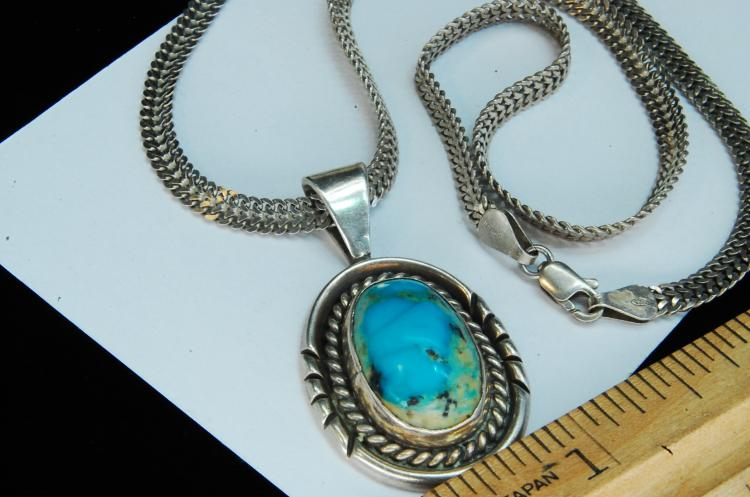 Lot 191: 21g Sterling Turquoise Navajo Pendant Necklace