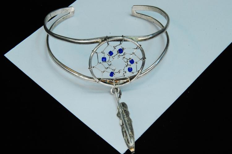 Lot 200: 9g Sterling Dreamcatcher Cuff Bracelet