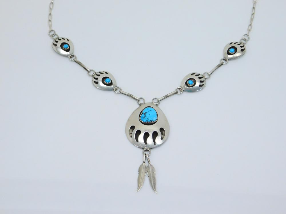 Vintage Native American Sterling Silver Turquoise Shadowbox Bearpaw Necklace 13G