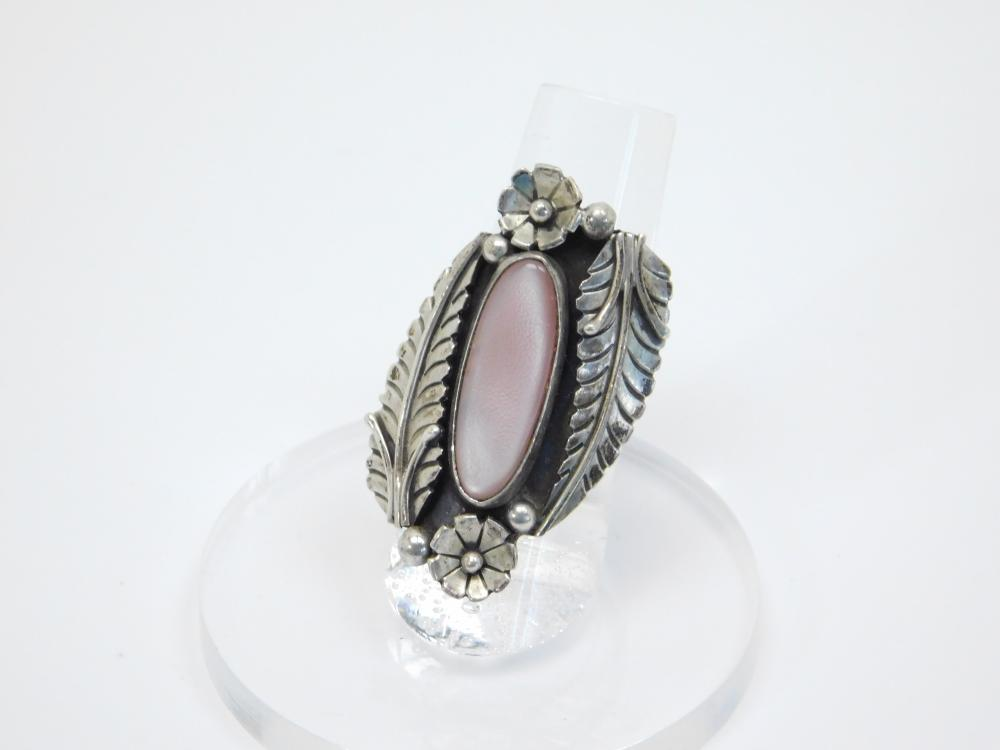 Vintage Native American Navajo Sterling Silver Pink Mop Squash Blossom Feather Ring 9G Sz6.5