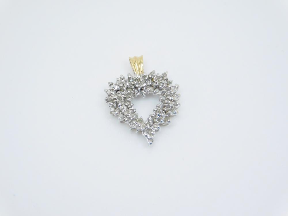 Vintage 10Kt Yellow & White Gold Diamond Cluster Heart Pendant 3.4G