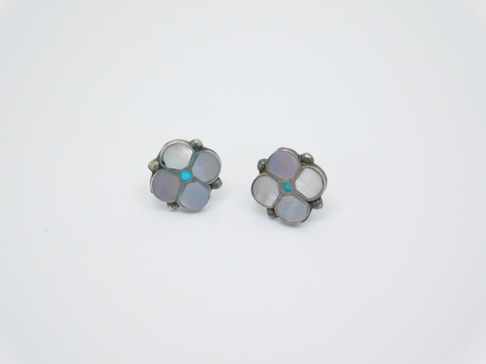 Vintage Native American Zuni Sterling Silver Turquoise Mop Inlaid Flower Earrings 2.4G