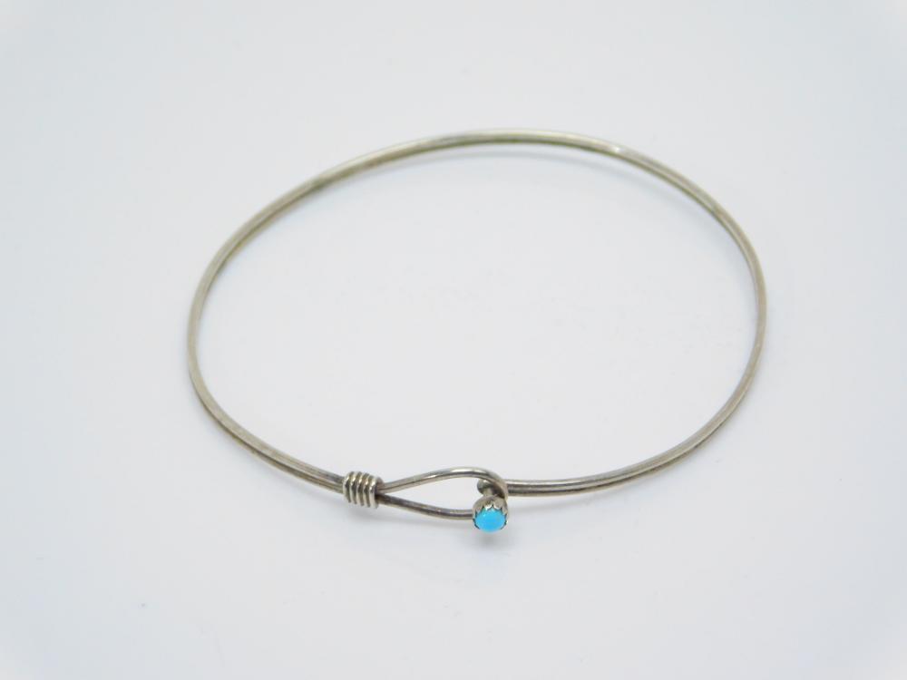 Southwestern Sterling Silver Turquoise Wire Lasso Bracelet 3.2G