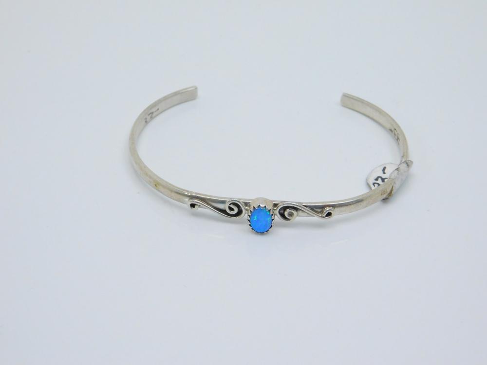 Vintage Native American Navajo Sterling Silver Opal Cuff Bracelet 7.4G
