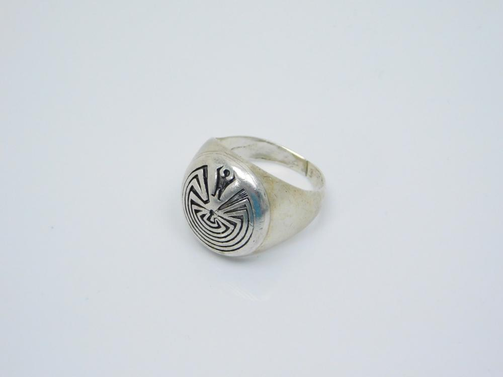 Vintage Native American Zuni  Edison Wadsworth Sterling Silver Man In The Maze Mens Ring 15G Sz10