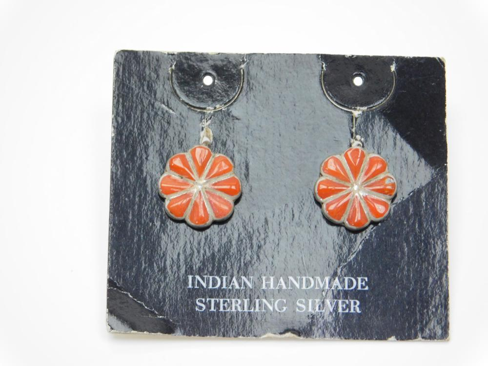 Vintage Native American Zuni Sterling Silver Turquoise Inlaid Coral Screwback Earrings 4.6G