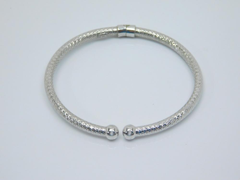 Vintage Jcm Italy Sterling Silver Textured Clamp Bangle Bracelet 9.4G