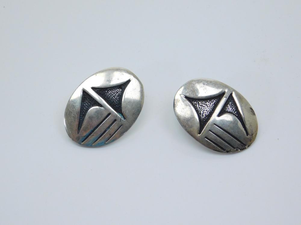 Vintage Native American Hopi Sterling Silver Tribal Design Earrings 12G