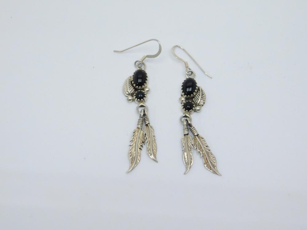 Vintage Native American Navajo Sterling Silver Black Onyx Feather Dangle Earrings 4G