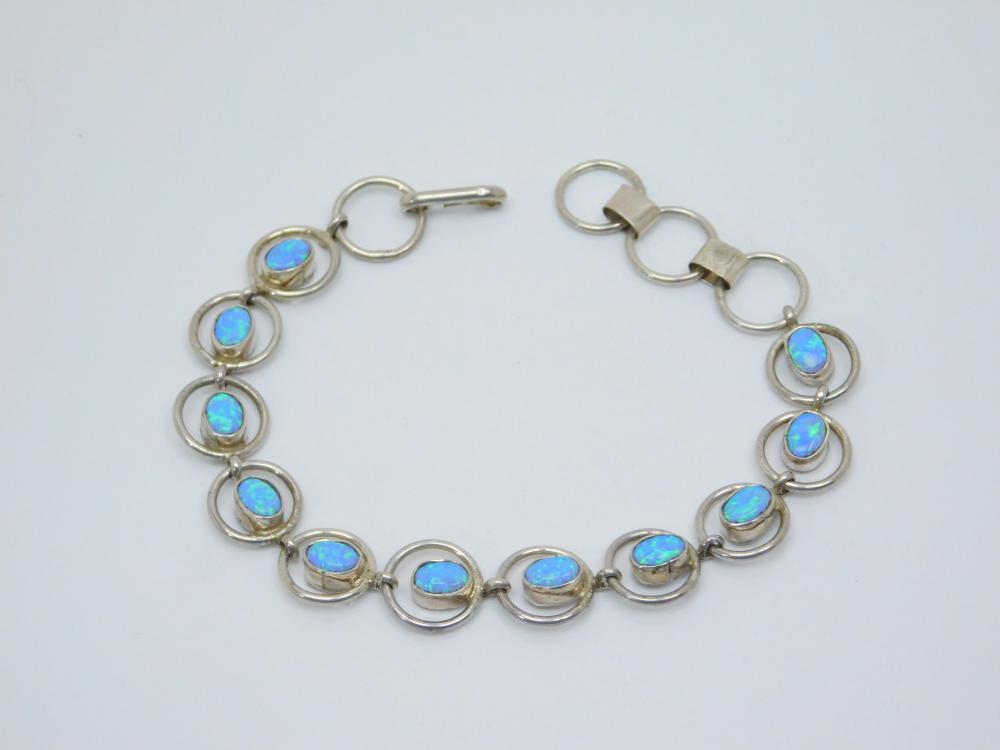 Vintage Native American Handmade Sterling Silver Lab Opal Ring Bracelet 13.8G
