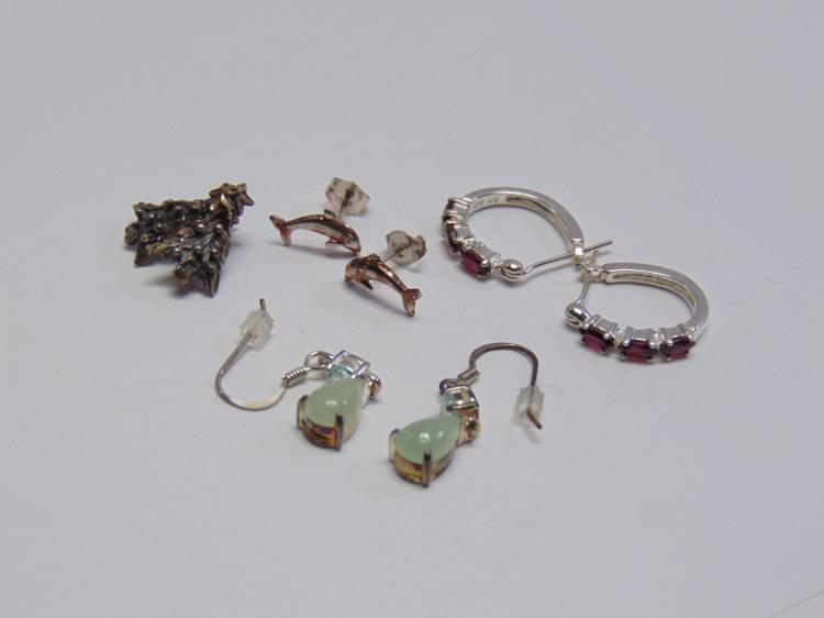 Lot of 4 Pairs of Sterling Silver Topaz Jadeite & Garnet Post Lever Earrings