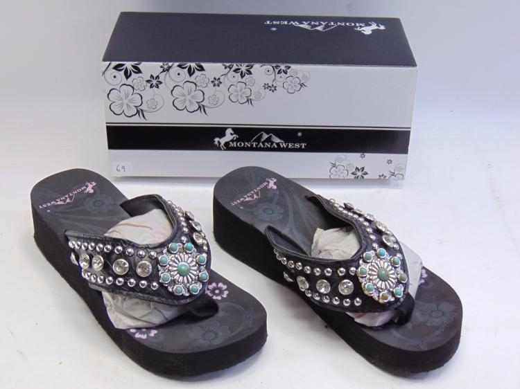 New in Box Montana West Black Turquoise Concho Bling Women's Wedge Flip Flops Sz 7