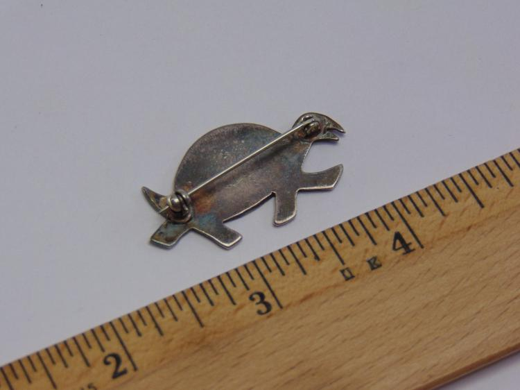 Lot 125: Sterling Silver Native American Style Turtle Brooch Pin with Inlaid Turquoise