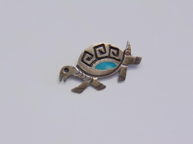 Sterling Silver Native American Style Turtle Brooch Pin with Inlaid Turquoise