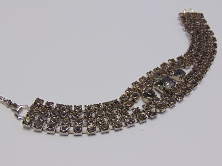 "Vintage 7"" Rhinestone Costume Jewelry Bracelet"