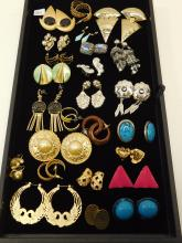Mixed Lot Of Vintage And Modern Costume Jewelry Post Dangle And Clip On Fashion Earrings