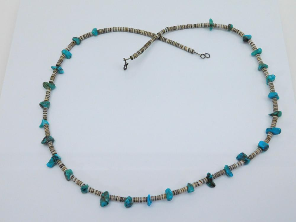 Vintage  Native American Navajo Turquoise Nugget Heishi Shell Bead Necklace 23G