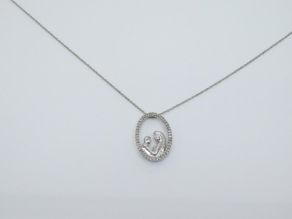 Sterling  Silver Mother With Child Diamond Chip Pendant Necklace 2G