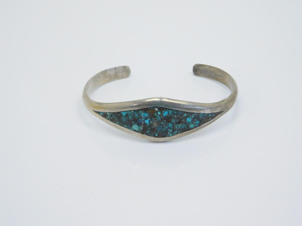 Vintage  Native American Sterling Silver Turquoise Chip Inlay Cuff Bracelet 13.5G