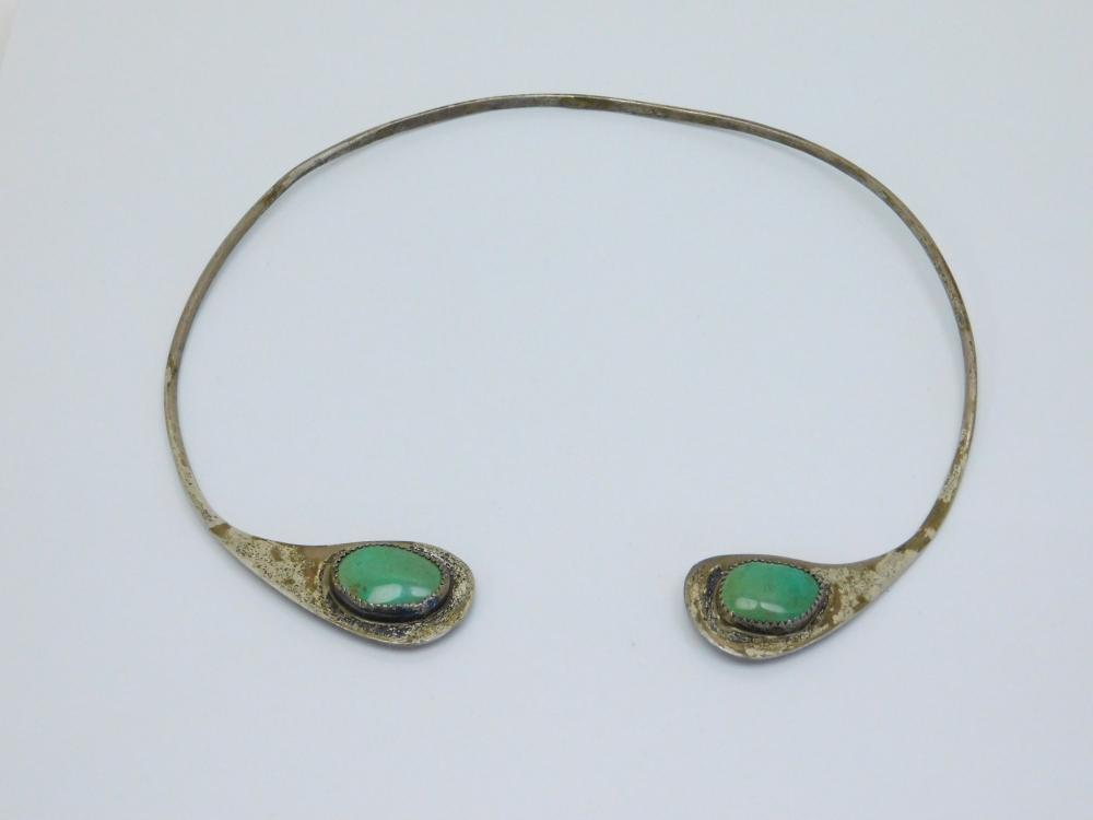 Vintage  Native American Navajo Sterling Silver Double Turquoise Cabachon Choker Necklace 28.7G