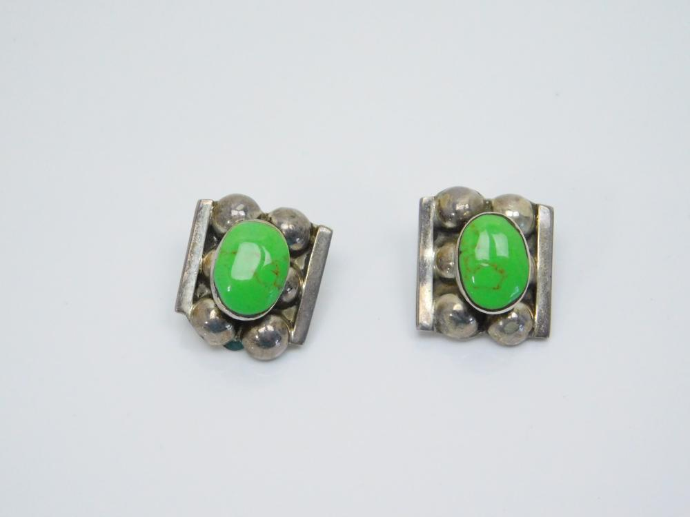 Vintage Taxco Mexico Sterling Silver Green Gaspeite Clip On Earrings 15.6G