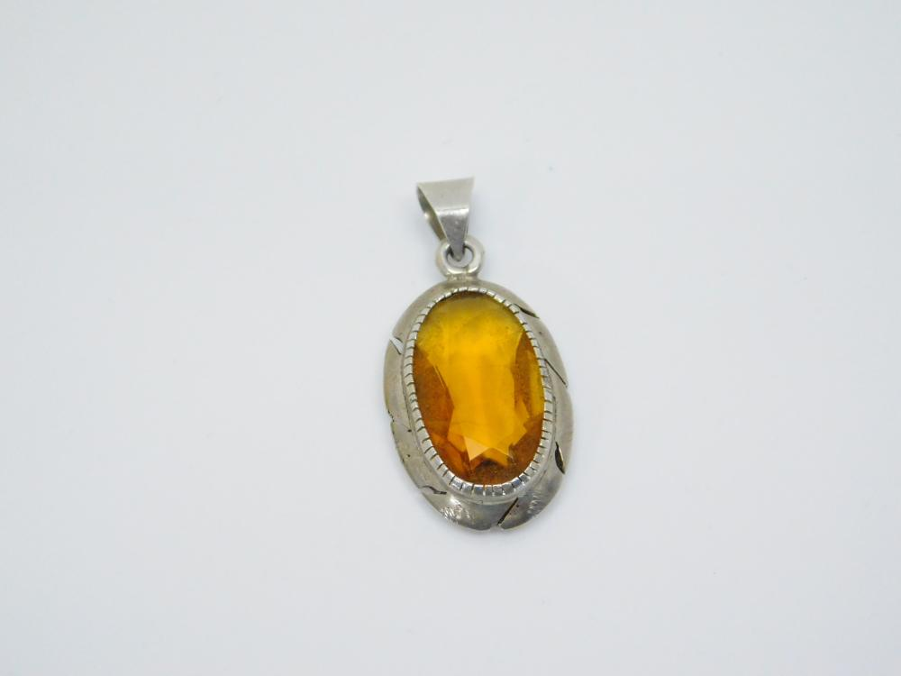 Vintage Native  American Or Mexico Sterling Silver Orange Stone Pendant 5.9G