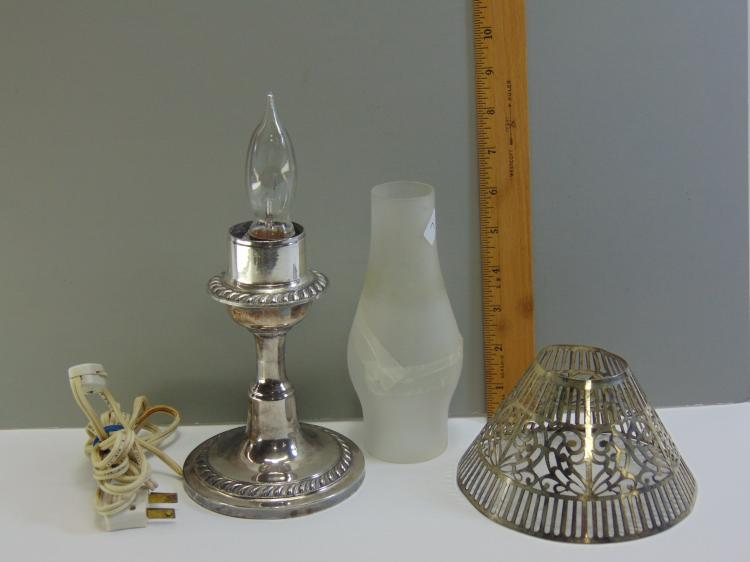 Lot 7: Turn of the Century EPNS Electrified Night Lamp