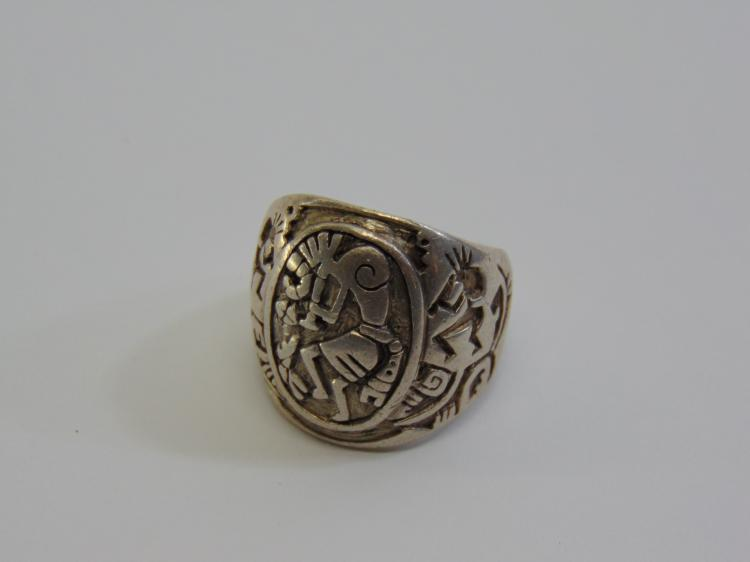 15.6 Gram Chunky Native American Kokopelli Ring Sz 11