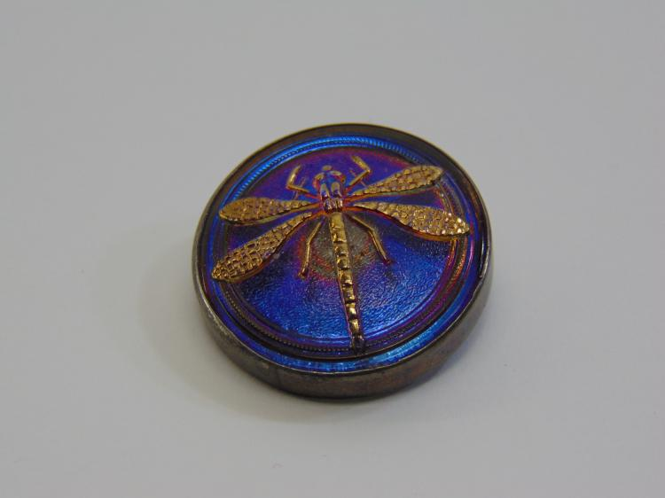Lot 32: 12.2 Gram Sterling Silver and Glass Vintage Dragonfly Brooch Pin