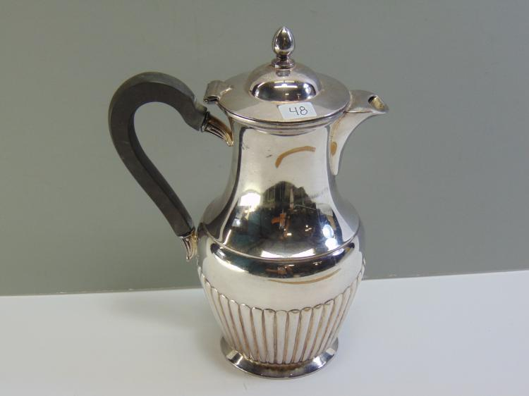 Lot 48: Meriden B International Silverplate Co EP Coffee or Tea Pitcher
