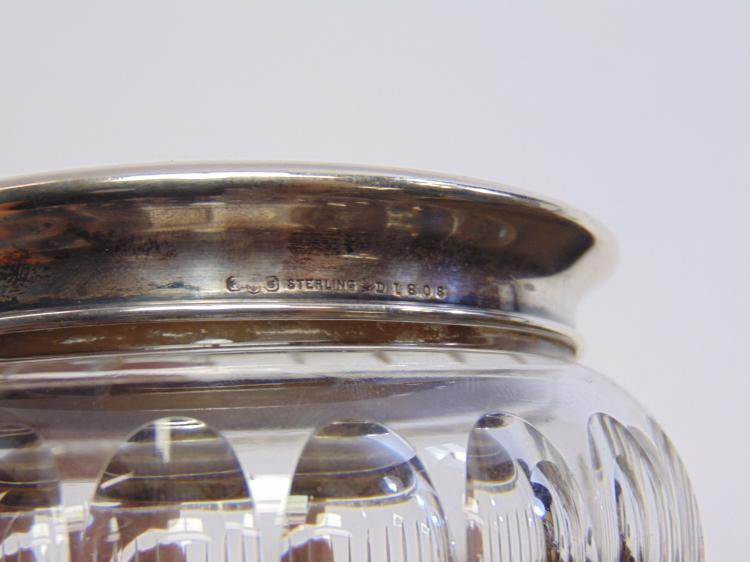 Lot 117: Cut Crystal 66 Gram Sterling Silver Lidded Bowl