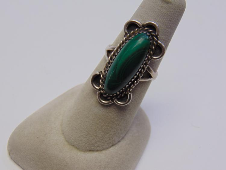 Sterling Silver & Malachite Navajo Ring Sz 7.5