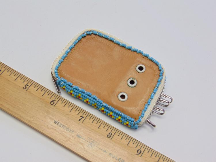 Lot 166: Vintage Native American Stitched Leather Seed Bead Key Holder Wallet