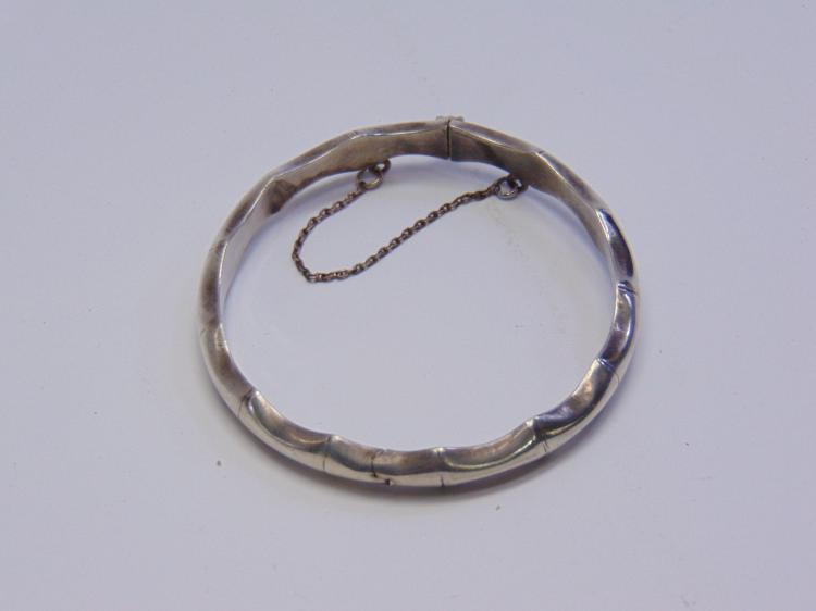 9 Gram Sterling Silver Bangle Clasp Bracelet