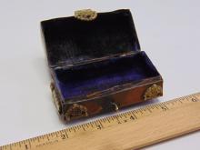 Lot 190: Vintage Chinese Brass Lidded Lipstick Trinket Box
