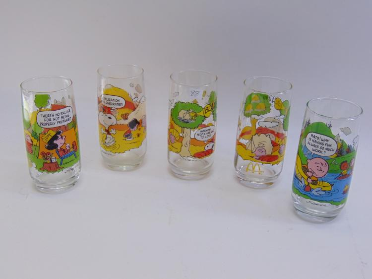 5 McDonalds Charlie Brown Glasses From 1965, 1966 and 1968