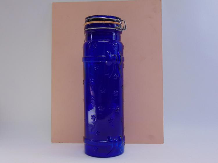 1983 Crownford Italy Cobalt Blue Glass Lidded Storage Container