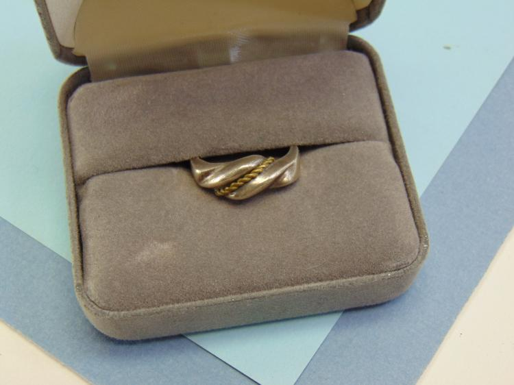 Lot 13: 5.3g Sterling Silver Mexico Ring Size 7.5