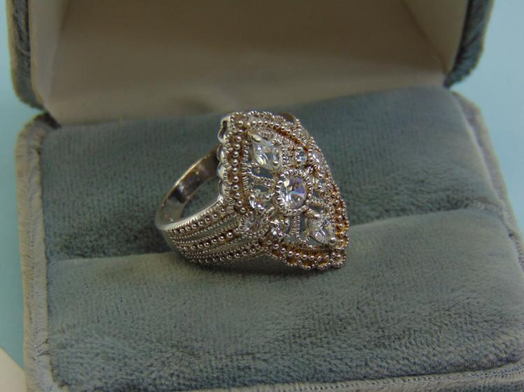 Vintage Sterling Silver CZ Thailand Ring Size 8