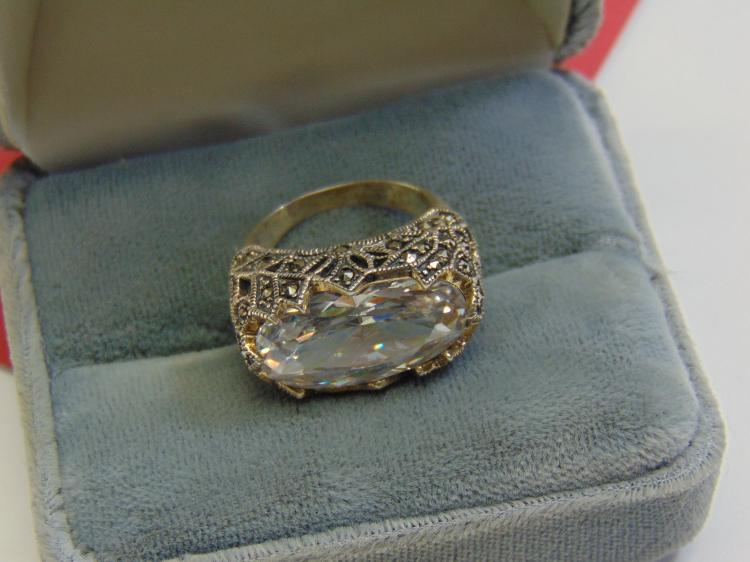 Modern 10.4g Sterling Silver CZ Marcasite Ring S7