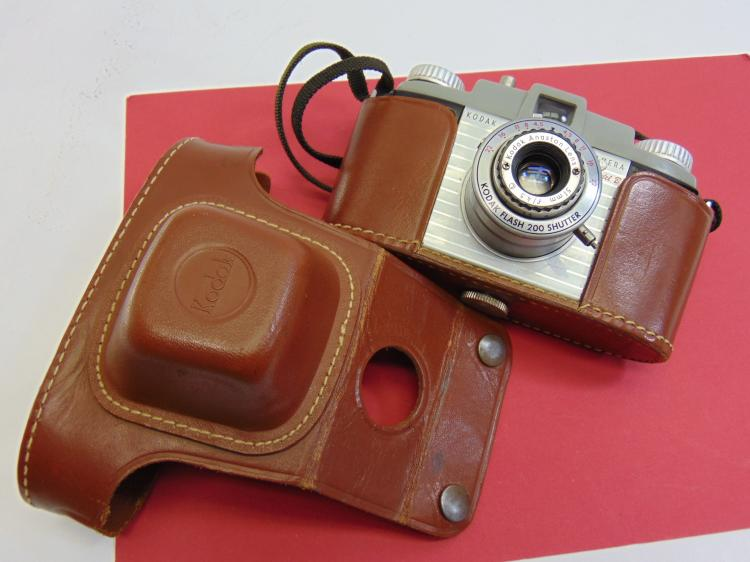 Vintage Kodak Pony 135 Model B 35mm Camera