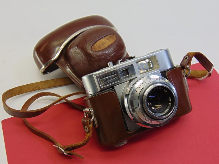 Vintage Voigtlander Vitomatic II 35mm Camera