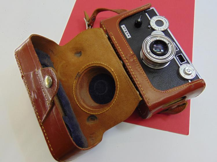 Vintage Argus Range Finder 35mm Camera