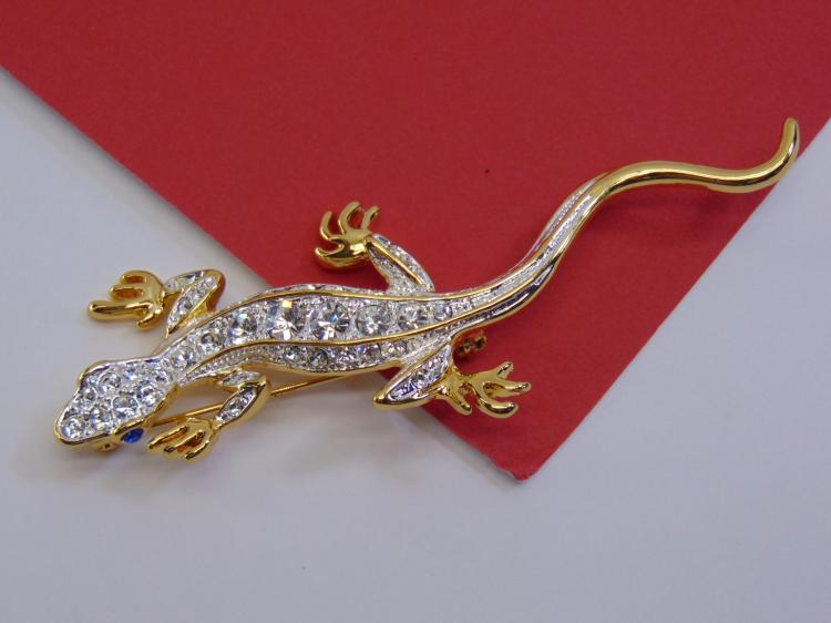 1999 PS Co Costume Jewelry CZ Lizard Brooch