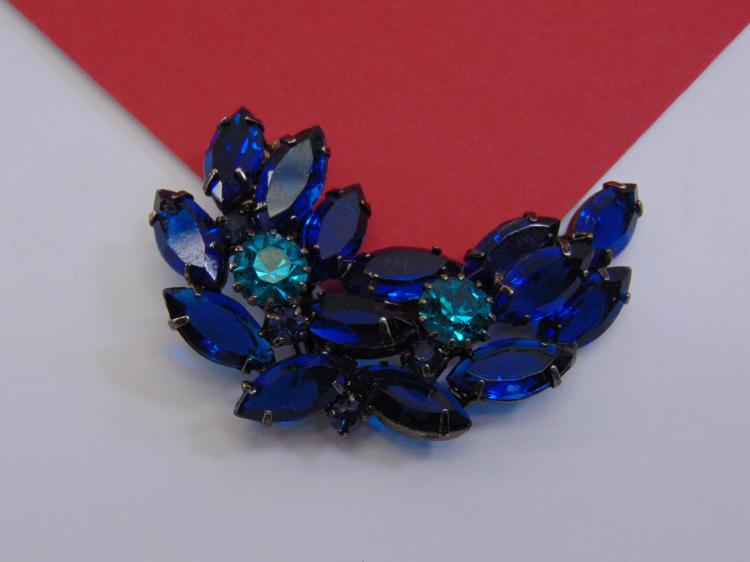 Vintage Blue Rhinestone Costume Jewelry Brooch