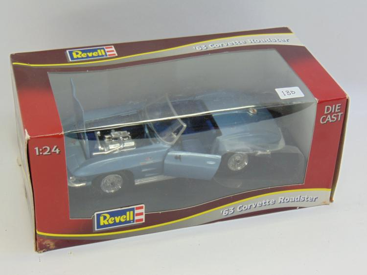 1/24 Revell 1963 Corvette Roadster Model Car