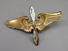 Vintage Army Air Corps Us Military Pilot Hat Badge Wings With Propeller