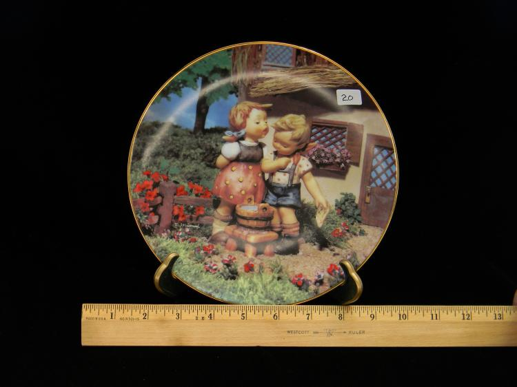 "Danbury Mint Hummel ""Little Companions"" Plate"